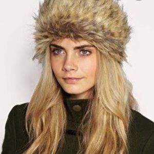 SUPERDRY faux fur knit Headband black with tan NWT